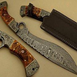 Hand Made Damascus Steel Hunting Knife / Bowie Knife / Huge Finger Knife