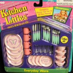 Orginal Tyco Kitchen Littles Everyday Dinnerware (1995)