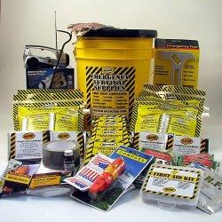 Deluxe Emergency Kit For 3 Person - Honey Bucket Kit