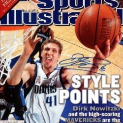 Dirk Nowitzki Autographed Signed Si Magazine Dallas Mavericks #X64799 - Psa/Dna Certified - Autographed Nba Magazines