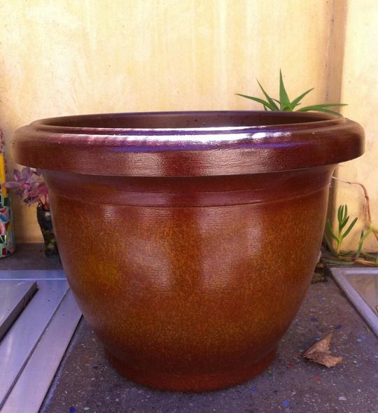 Burgundy_Faux_Ceramic_Lightweight_Planter