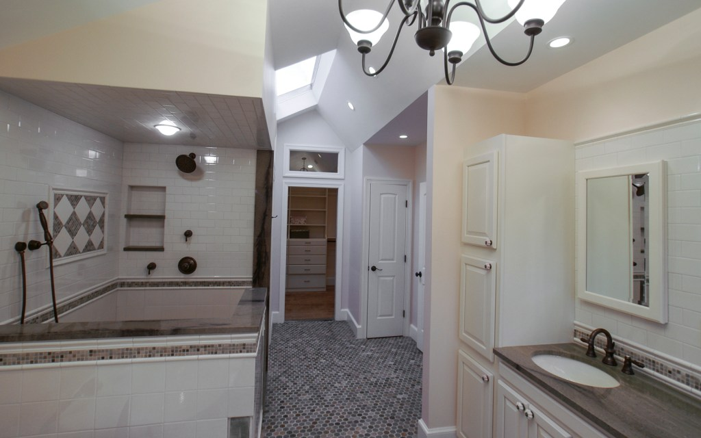 Ed-Ensign-Contracting-Bathrooms-16x10-01