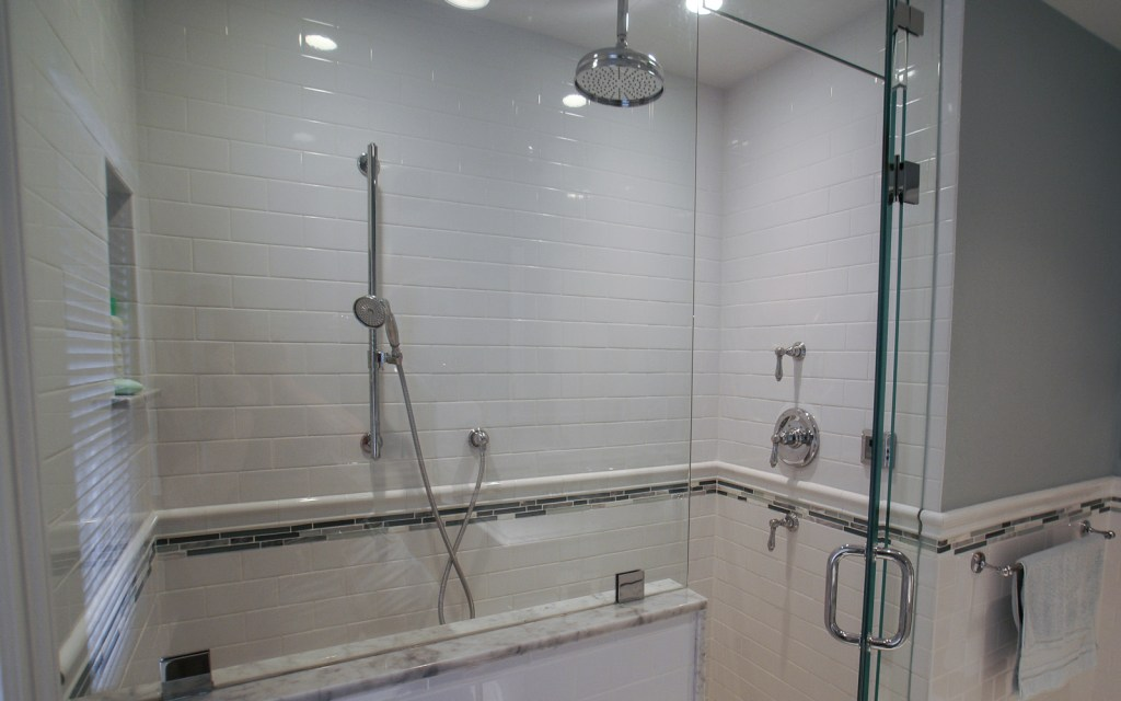 Ed-Ensign-Contracting-Bathrooms-16x10-07