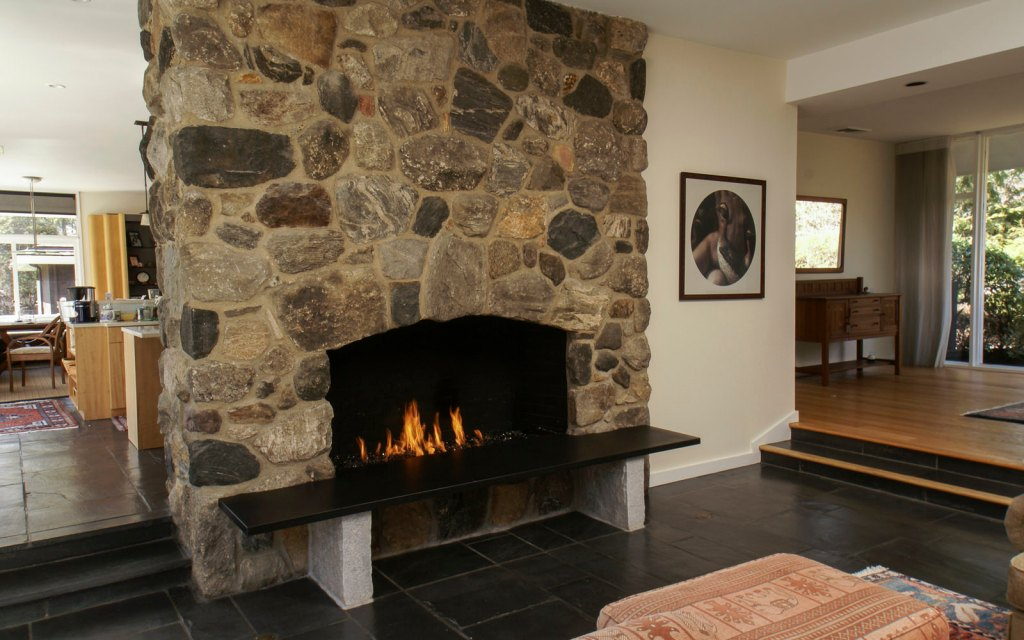 Ed-Ensign-Contracting-Fireplaces-02