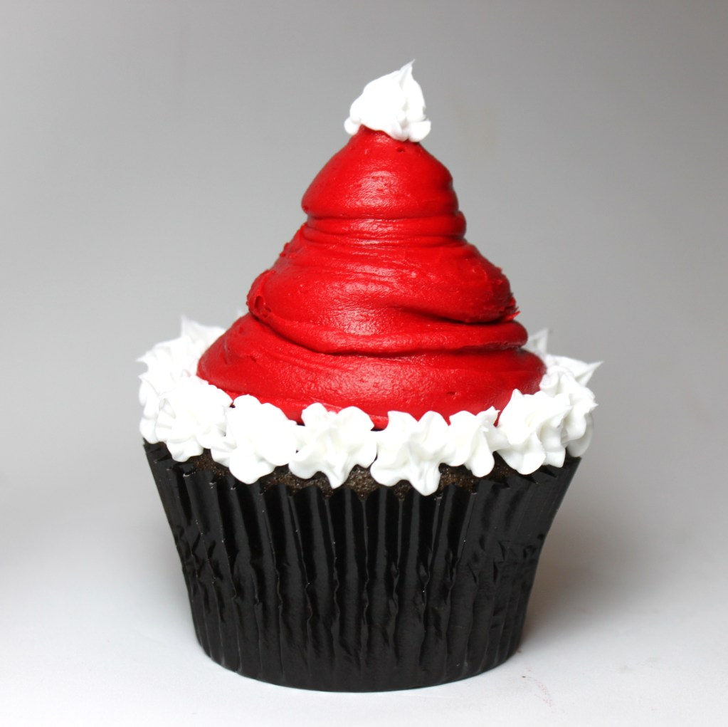Santa's Hat Cupcakes – Edible Crafts
