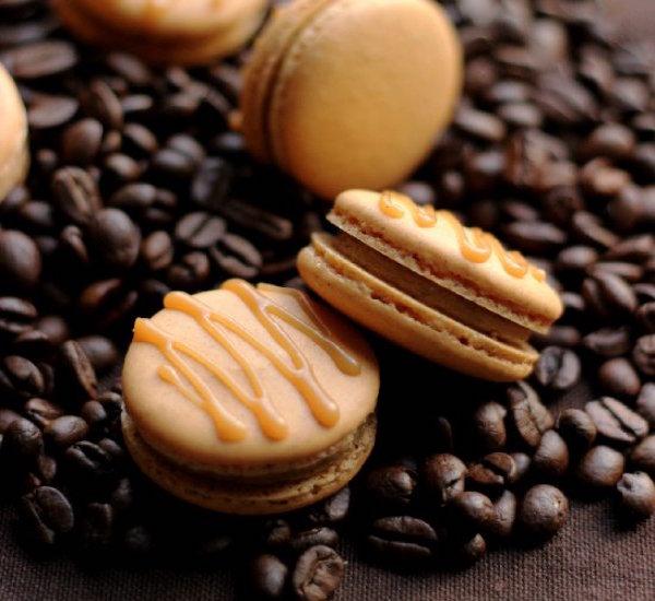 pumkin spice latte macarons
