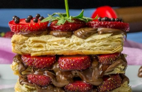 Strawberry Nutella Puff Pastry Sandwiches