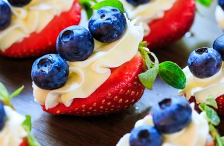 Red, White, and Blue Cheesecake Strawberries