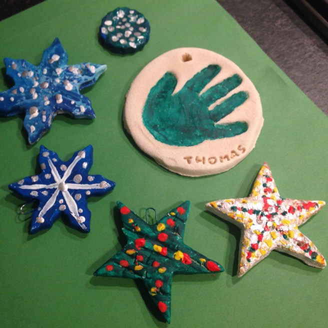 Salt Dought Decorations by http://edinburghwithkids.com/2015/12/03/activities-salt-dough-decorations/
