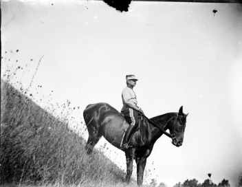 Aujourd'hui peu pratiquées, les pentes raides sont pourtant un exercice pertinent pour le cheval