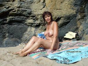 hairy nude women tan lines