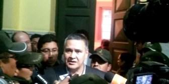 """León sobre imputaciones: este es un acto """"bochornoso""""; Fiscalía pide su detención"""