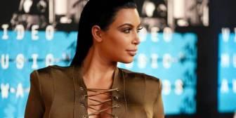 Kim Kardashian es foco de memes por su desfavorable vestimenta en los premios MTV
