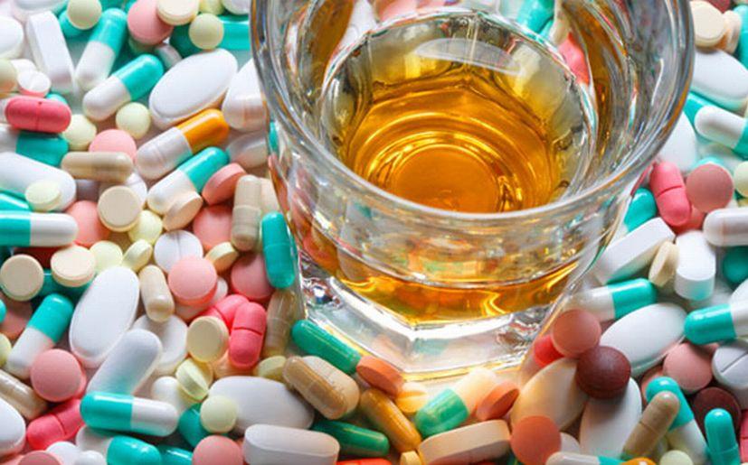De la dependencia alcohólica y narcótica el salvamento