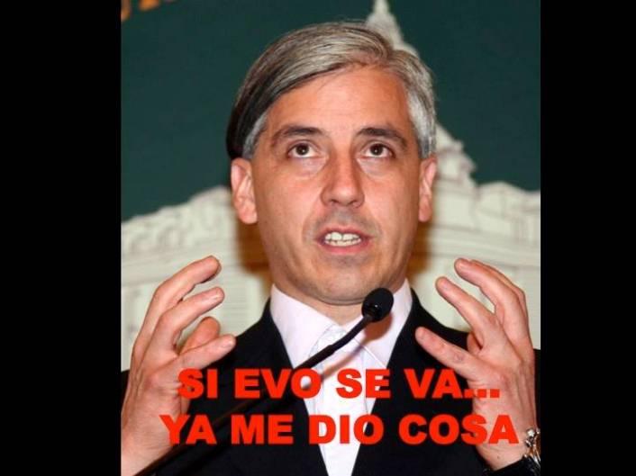 Tuits y memes sobre García Linera