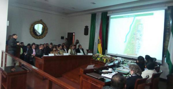 El sector explicó su proyecto turístico a las autoridades municipales esta mañana