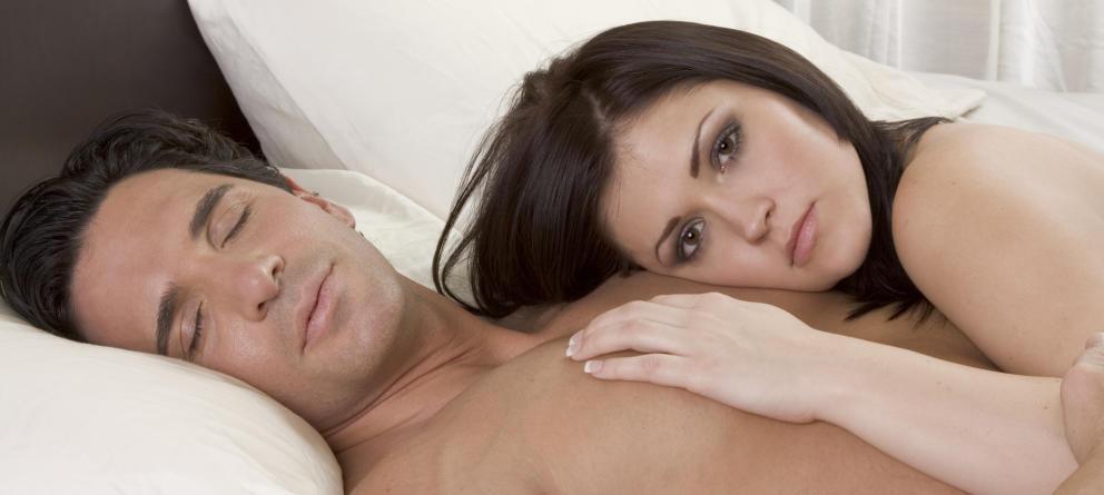 Trucos para tardar más: 7 posturas con las que los hombres aguantan más en la cama