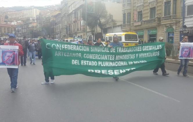 Gremiales ratifican marcha de Oruro a La Paz por cambios insuficientes al Código Tributario