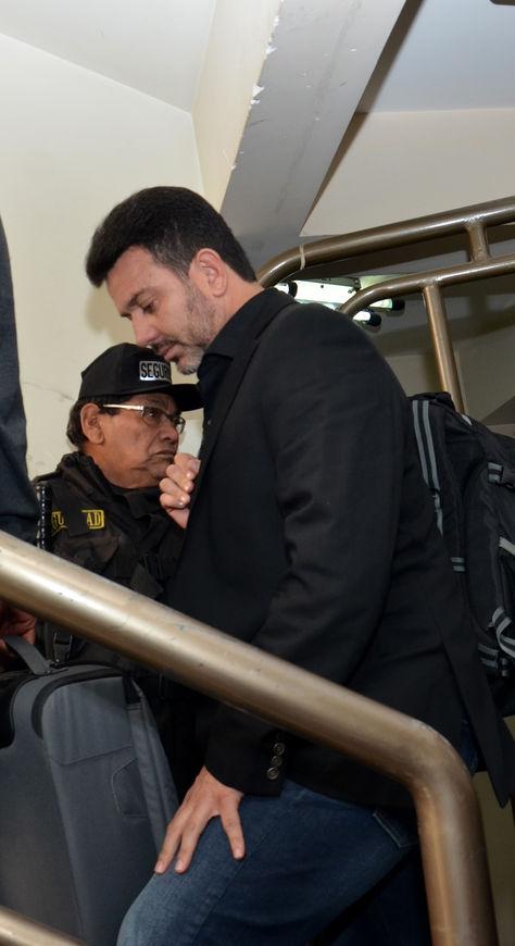 Julio César Baldivieso en oficinas de la FBF (Foto: Fernando Cartagena).