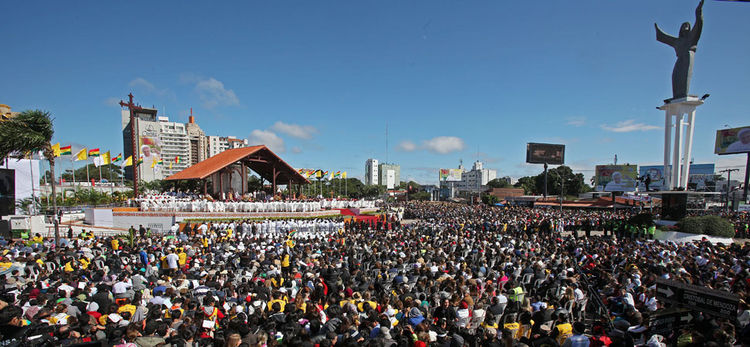 Imágenes de la llegada del Papa a Bolivia hace un año.