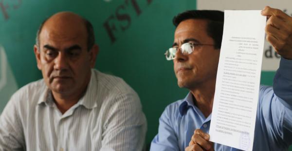 El candidato Alfredo Jaldín dio una conferencia de prensa y mostró el pedido que hizo a la Corte