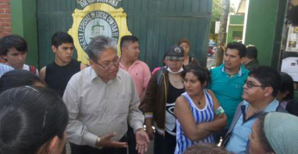 El rector de la universidad firmó un acuerdo para que los detenidos sean liberados