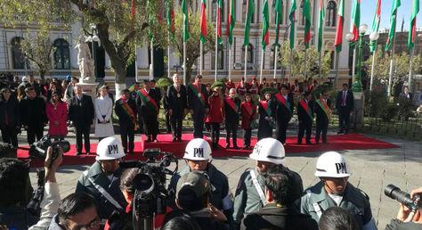 Actos protocolares para conmemorar loss 207 años de la gesta libertaria de La Paz.