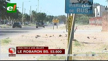 Delincuentes roban Bs. 53.600 y raptan a mujer en la Doble Vía a la Guardia