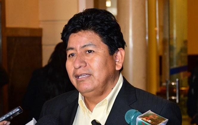 Diputado cruceño dice que quien filtró el informe de Incahuasi debe ir al