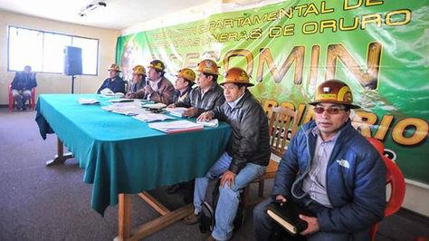Ampliado de los cooperativistas en la ciudad de Oruro