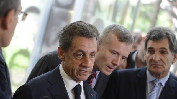 En campaña. El ex presidente Sarkozy en un acto partidario en París (EFE).