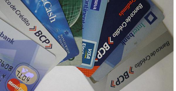 El BCP indica que la tarjeta ofrece al usuario la posibilidad de realizar sus compras a una tasa preferencial
