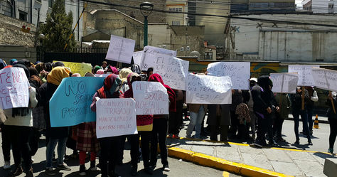 La movilización de las trabajadoras sexuales en puertas del Palacio Consistorial. Foto: La Razón