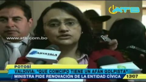 Ministra Valdivia denuncia intención golpista de Comcipo