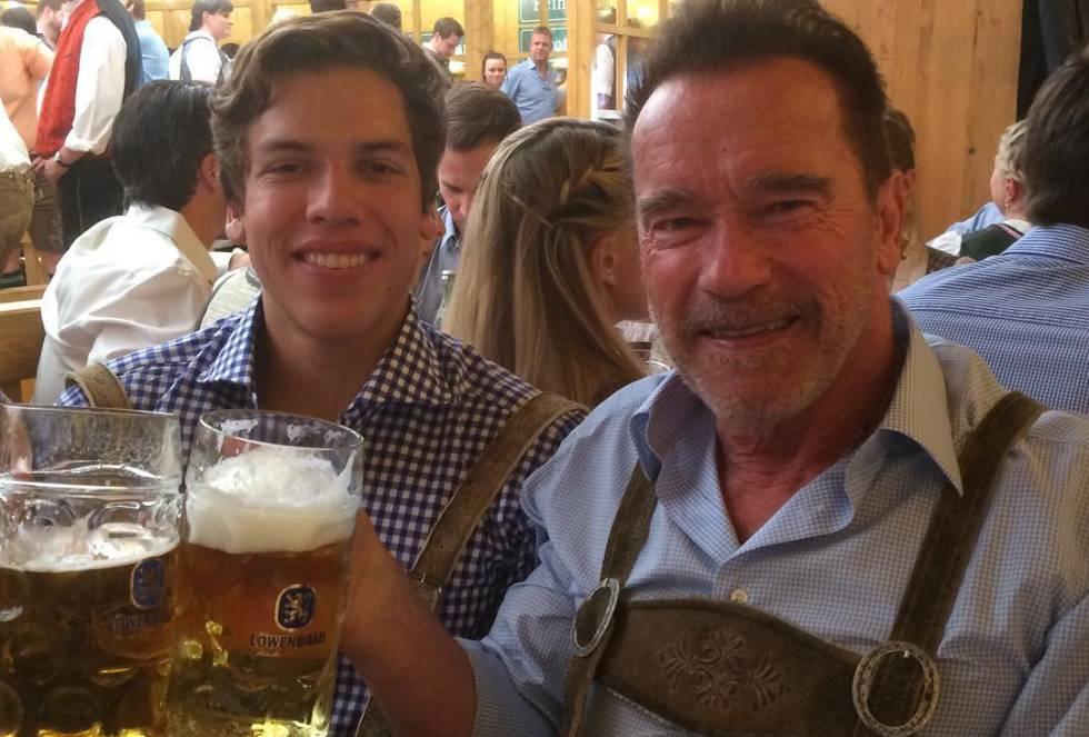 Joseph Baena y Arnold Schwarzenegger, en Múnich.
