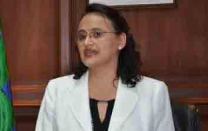 Ministra de Transparencia desestima corrupción en procesos de adjudicación en YPFB