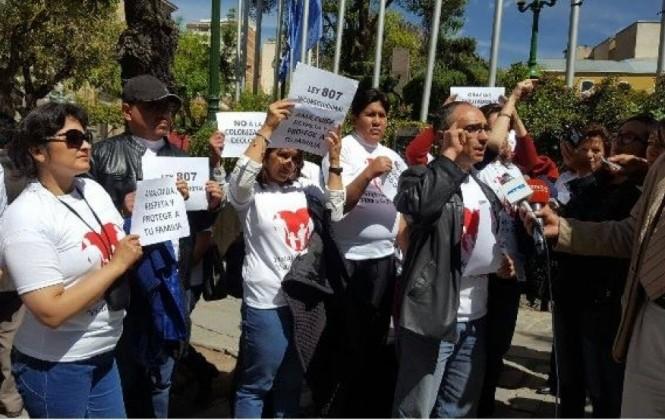 Activistas y diputados presentarán una acción de inconstitucionalidad a la Ley de Identidad de Género
