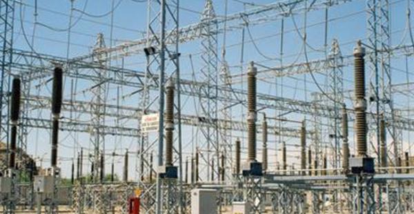 El corte de la energía eléctrica en la ciudad de Santa Cruz se inició a partir de las 15:00. Desde la CRE aún no emiten un comunicado sobre el origen del corte del suministro