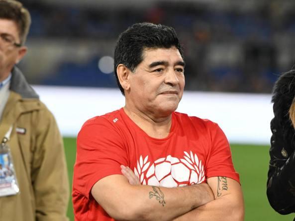 Diego Armando Maradona en el estadio Olimpico de Roma, el 12 octubre 2016 (Ansa)