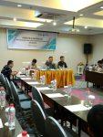 Prof Marwan Mas membawakan materi di diskusi publik ACC kerjasama dengan TII di Fave Hotel (Kamis 29/9)