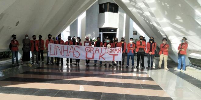 Konferensi Pers Aliansi Mahasiwa Unhas Menyikapi SK Rektor Terkait UKT