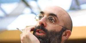 El escritor Eduardo Halfon.