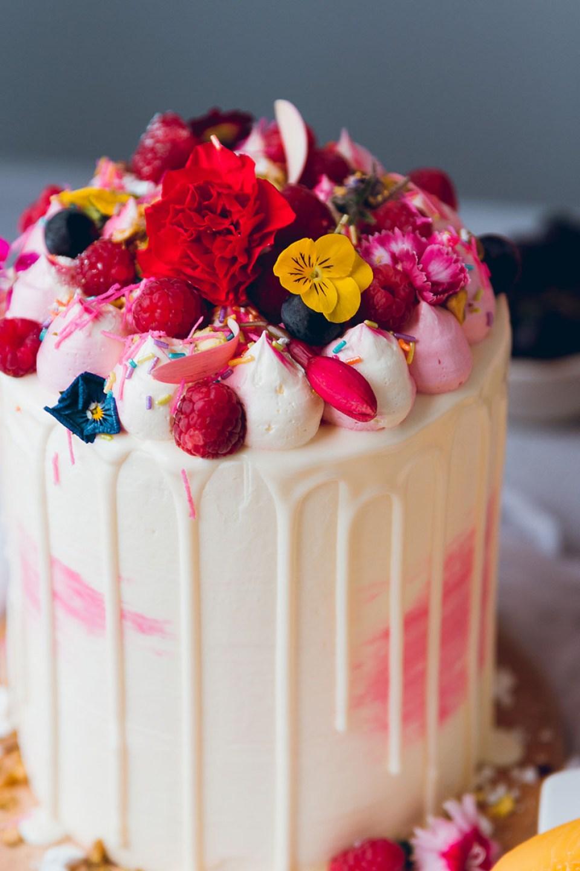 raspberry_peach_cake_-5109