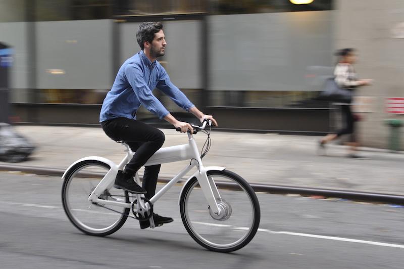 Biomega oko electric bike rider
