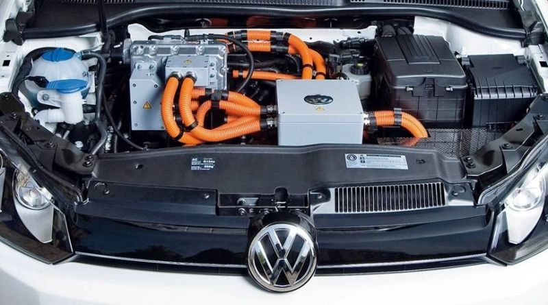 """Volkswagen piensa que la """"electrificación"""" es la solución a su crisis"""