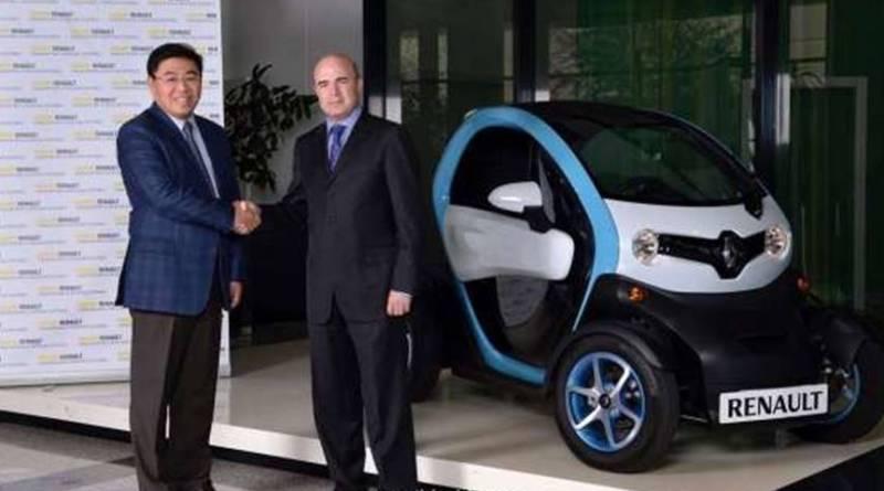 Renault entrega un Twizy al INSIA