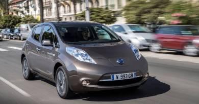 Nissan LEAF,mejor coche eléctrico del año 2015