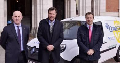 La movilidad eléctrica une a Renault, Correos y Valladolid