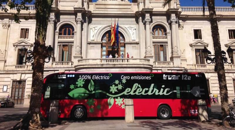 La EMT de Valencia prueba un autobús eléctrico Irizar i2e