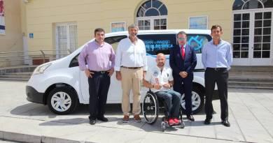 Nissan cede una e-NV200 a Smassa
